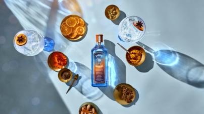 Bombay Sapphire Sunset: la special edition per l'estate 2021, i cocktail