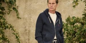 Brunello Cucinelli Uomo primavera estate 2022: il gusto per l'eleganza e il ben vestire, tutti i look
