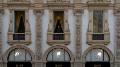 Galleria Cracco Milano Valerio Berruti: l'installazione site-specific Credere nella luce