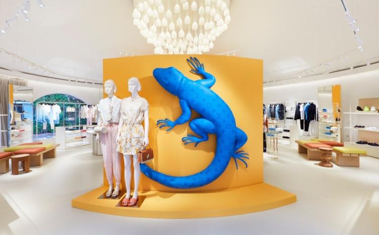 Louis Vuitton pop up store Forte Village