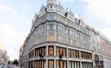 Burberry 1 Sloane Street Londra: il nuovo flagship store che racconta l'essenza del brand