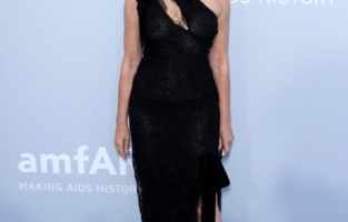 CAP D'ANTIBES, FRANCE - JULY 16: Carine Roitfeld attends the amfAR Cannes Gala 2021 at Villa Eilenroc on July 16, 2021 in Cap d'Antibes, France. (Photo by Andreas Rentz/amfAR/Getty Images for amfAR)