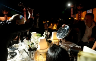 CAP D'ANTIBES, FRANCE - JULY 16: A general view of atmosphere during the amfAR Cannes Gala 2021 auction at Villa Eilenroc on July 16, 2021 in Cap d'Antibes, France. (Photo by Kevin Tachman/amfAR/Getty Images for amfAR)