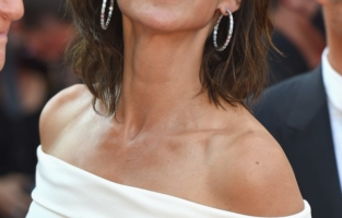 """CANNES, FRANCE - JULY 07: Sophie Marceau attends the """"Tout S'est Bien Passe (Everything Went Fine)"""" screening during the 74th annual Cannes Film Festival on July 07, 2021 in Cannes, France. (Photo by Stephane Cardinale - Corbis/Corbis via Getty Images)"""