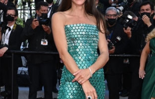 """CANNES, FRANCE - JULY 06Elisa Sednaoui attends the """"Annette"""" screening and opening ceremony during the 74th annual Cannes Film Festival on July 06, 2021 in Cannes, France. (Photo by Stephane Cardinale - Corbis/Corbis via Getty Images)"""
