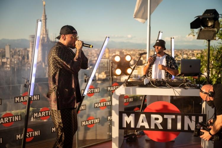 Gué Pequeno Martini Live Bar
