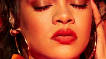 Fenty Beauty Gloss Bomb Heat Universal Lip Luminizer + Plumper: il gloss labbra rimpolpante