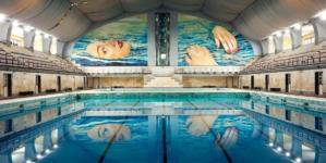 Be Water Toiletpaper Piscina Cozzi: il nuovo visionario murale