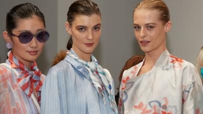 Emporio Armani primavera estate 2022: il 40 anniversario, tutti i look e il make-up in passerella