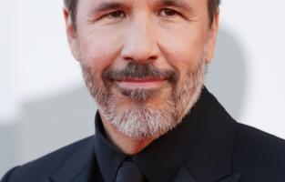 """VENICE, ITALY - SEPTEMBER 01: Director Denis Villeneuve attends the red carpet of the movie """"Madres Paralelas"""" during the 78th Venice International Film Festival on September 01, 2021 in Venice, Italy. (Photo by Vittorio Zunino Celotto/Getty Images)"""