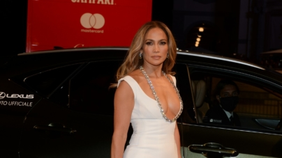 Venezia 78 The Last Duel: il red carpet con Matt Damon, Ben Affleck e Jennifer Lopez