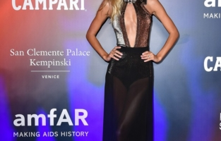 VENICE, ITALY - SEPTEMBER 10: Frida Aasen attends the amfAR Venice gala 2021 on September 10, 2021 in Venice, Italy. (Photo by Pietro D'Aprano/amfAR/Getty Images for amfAR)